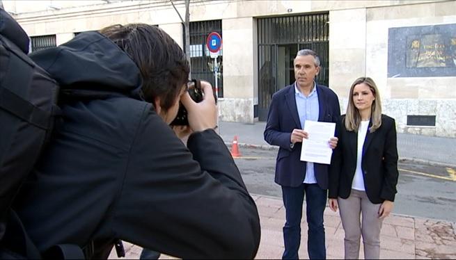 Ciutadans+denuncia+la+batlessa+d%27Andratx+per+prevaricaci%C3%B3+davant+la+Fiscalia+de+Balears