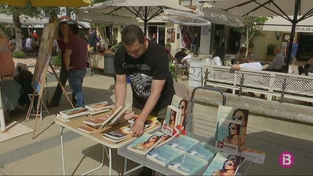 Els+llibreters+d%27Eivissa+quadripliquen+les+vendes+el+dia+de+Sant+Jordi