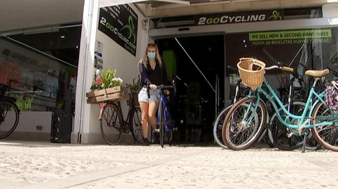 El+lloguer+de+bicicletes+passa+per+un+mal+moment+al+Port+de+Pollen%C3%A7a+per+mor+de+la+Covid-19