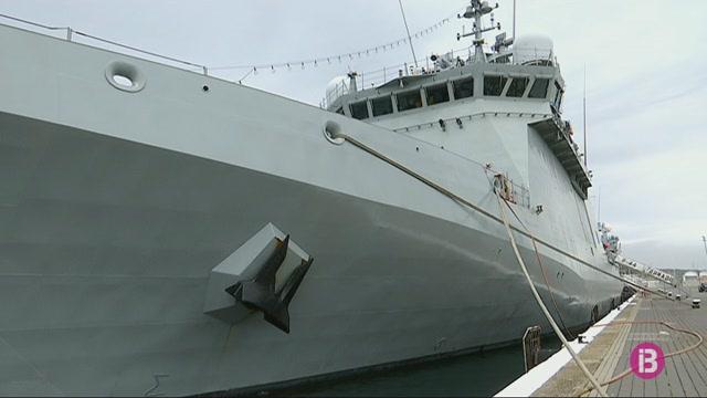 14+vaixells+de+guerra+comencen+aquest+dilluns+maniobres+antimines+des+del+port+de+M%C3%A1o