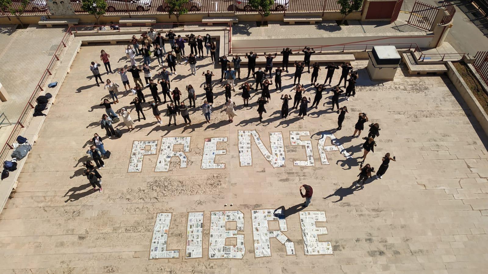 Clam+dels+futurs+periodistes+per+la+llibertat+de+premsa