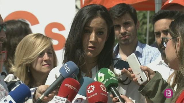 El+PSOE+descarta+negociar+la+moci%C3%B3+de+censura