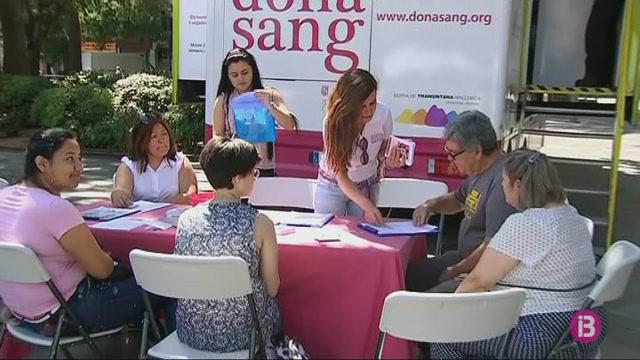 Els+responsables+sanitaris+fan+una+crida+perqu%C3%A8+els+joves+donin+sang