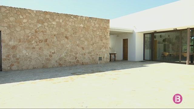 Sant+Lloren%C3%A7+i+la+Cala+de+Sant+Vicent+sense+oficina+de+correus+a+partir+d%27avui