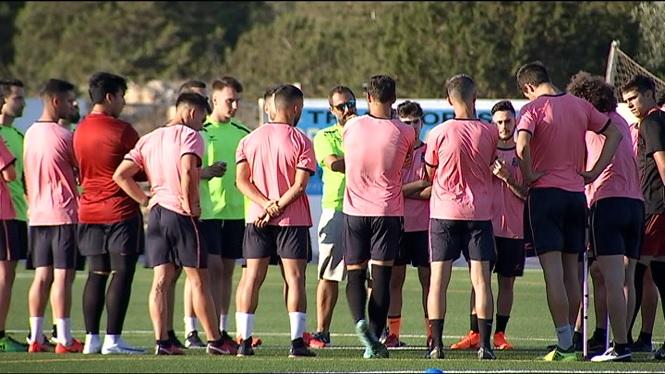 El+Formentera+prepara+ja+la+temporada+a+Tercera+Divisi%C3%B3