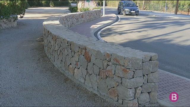Enllestida+la+rotonda+nova+de+s%27Argamassa+a+la+carretera+des+Canar