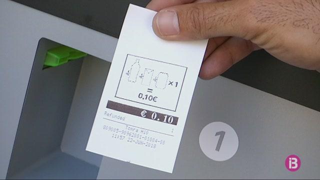Una+m%C3%A0quina+permetr%C3%A0+per+Sant+Joan+reciclar+envassos+i+obtenir-ne+un+benefici+econ%C3%B2mic