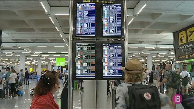 85+vols+cancel%C2%B7lats+a+les+Illes+per+la+vaga+de+controladors+francesos