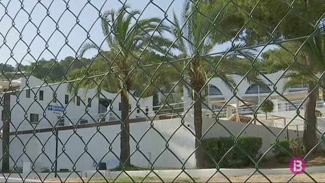 Un+nen+de+4+anys+mor+ofegat+a+la+piscina+d%27un+hotel+a+Sant+Antoni