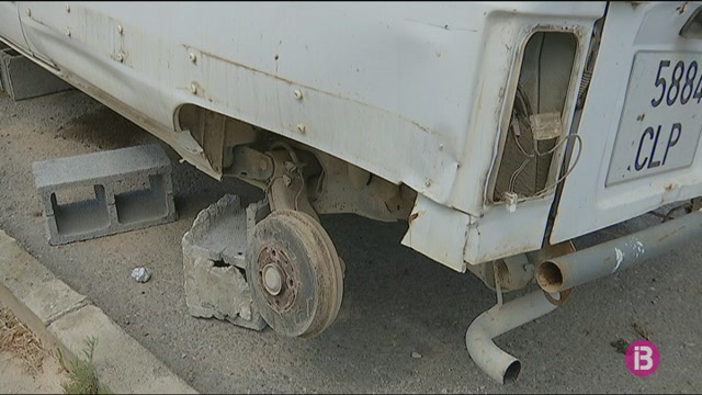Noves+queixes+pels+vehicles+abandonats+als+carrers+del+pol%C3%ADgon+de+Montecristo