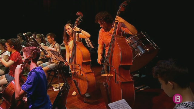 Tot+a+punt+pel+concert+d%27aquest+dissabte+de+la+Jove+Orquestra+d%27Eivissa