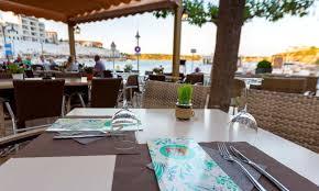 Restaurants+contra+la+fam+recapta+3.600+euros+a+Menorca