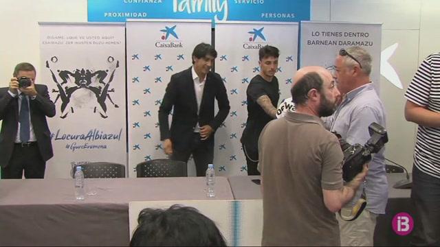 Ximo+Navarro+presentat+com+a+nou+jugador+de+l%27Alab%C3%A8s