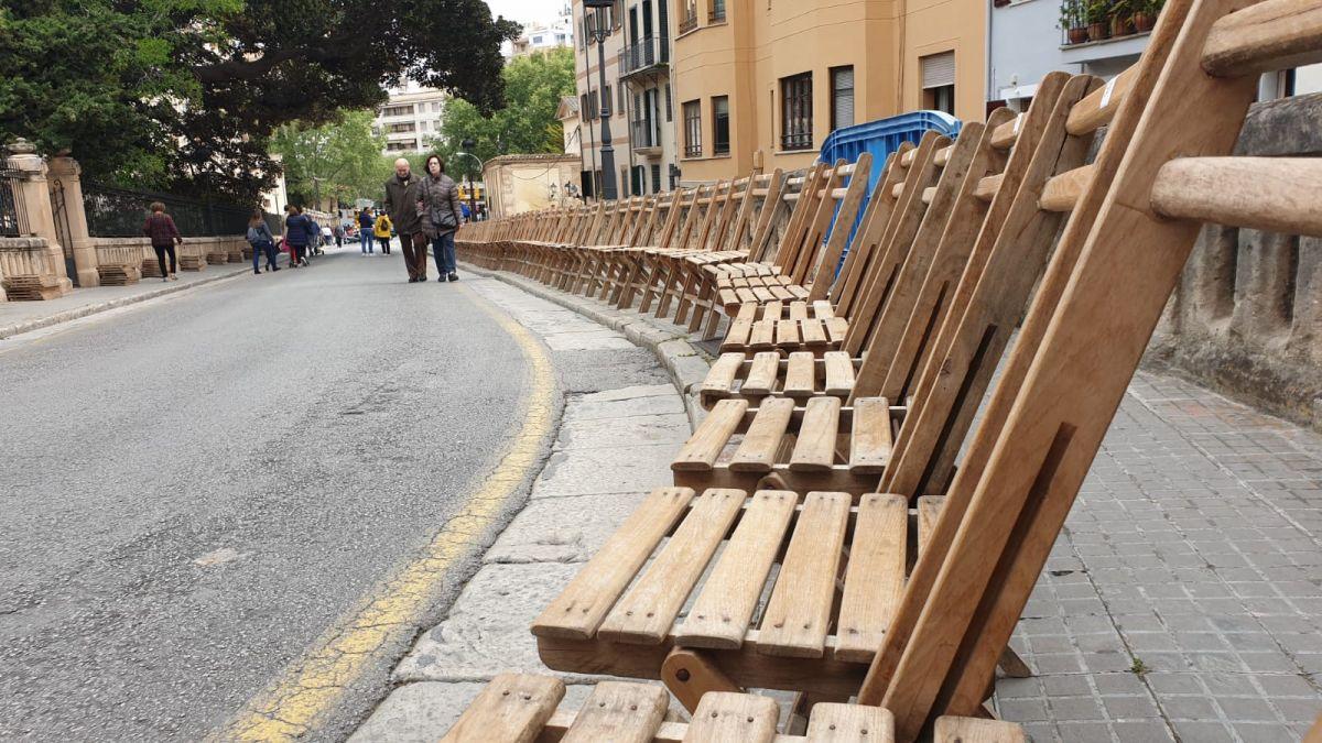1.700+cadires+%27santes%27+per+sis+euros+per+a+veure+la+process%C3%B3+del+Dijous+Sant+de+Palma