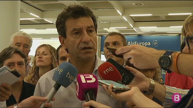 3.000+compromissaris+trien+al+successor+de+Rajoy+entre+Casado+i+S%C3%A1enz+de+Santamar%C3%ADa