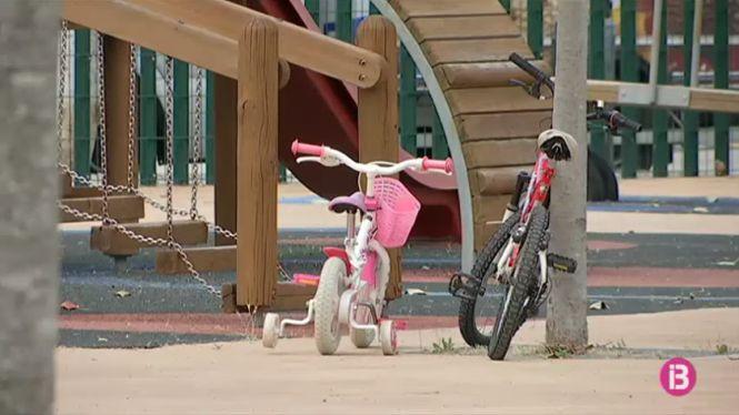 Reobren+els+parcs+infantils