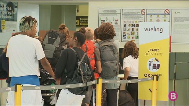 La+vaga+de+Ryanair+afecta+les+connexions+de+Menorca+amb+Barcelona+i+Madrid