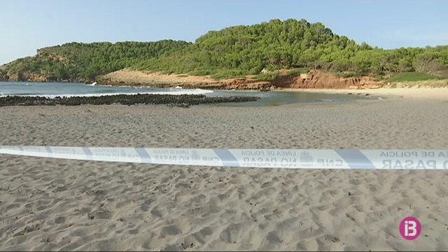 Desallotgen+les+platges+de+La+Vall+per+un+presumpte+artefacte+explosiu