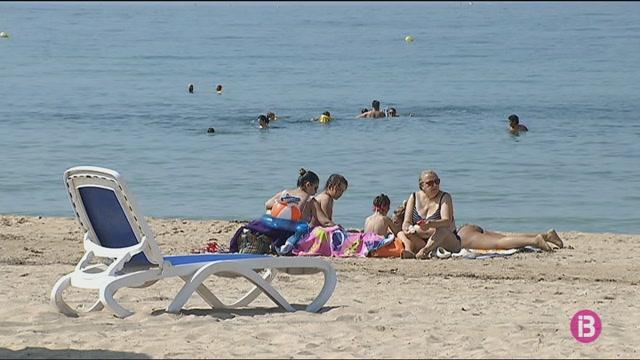 Reobren+les+platges+de+Palma+tancades+per+vessaments