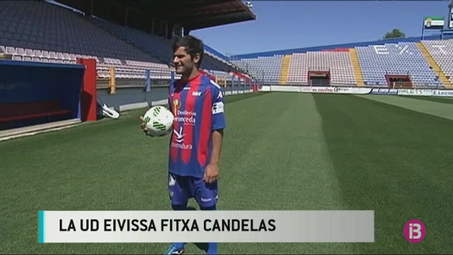 Candelas+fitxa+per+la+UD+Eivissa