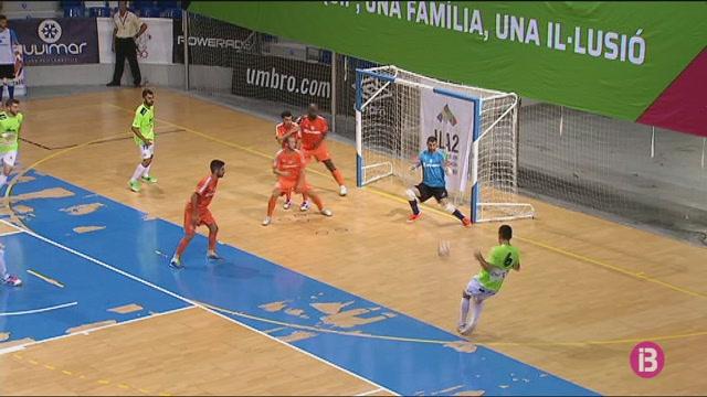 El+Palma+Futsal+tanca+la+pretemporada+a+casa+davant+el+Peny%C3%ADscola