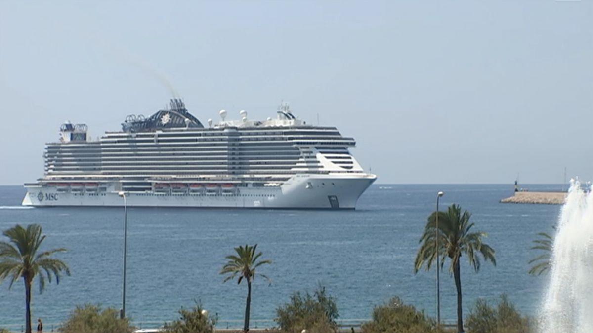 El+Govern+vol+consensuar+el+model+del+turisme+de+creuers+a+les+Illes