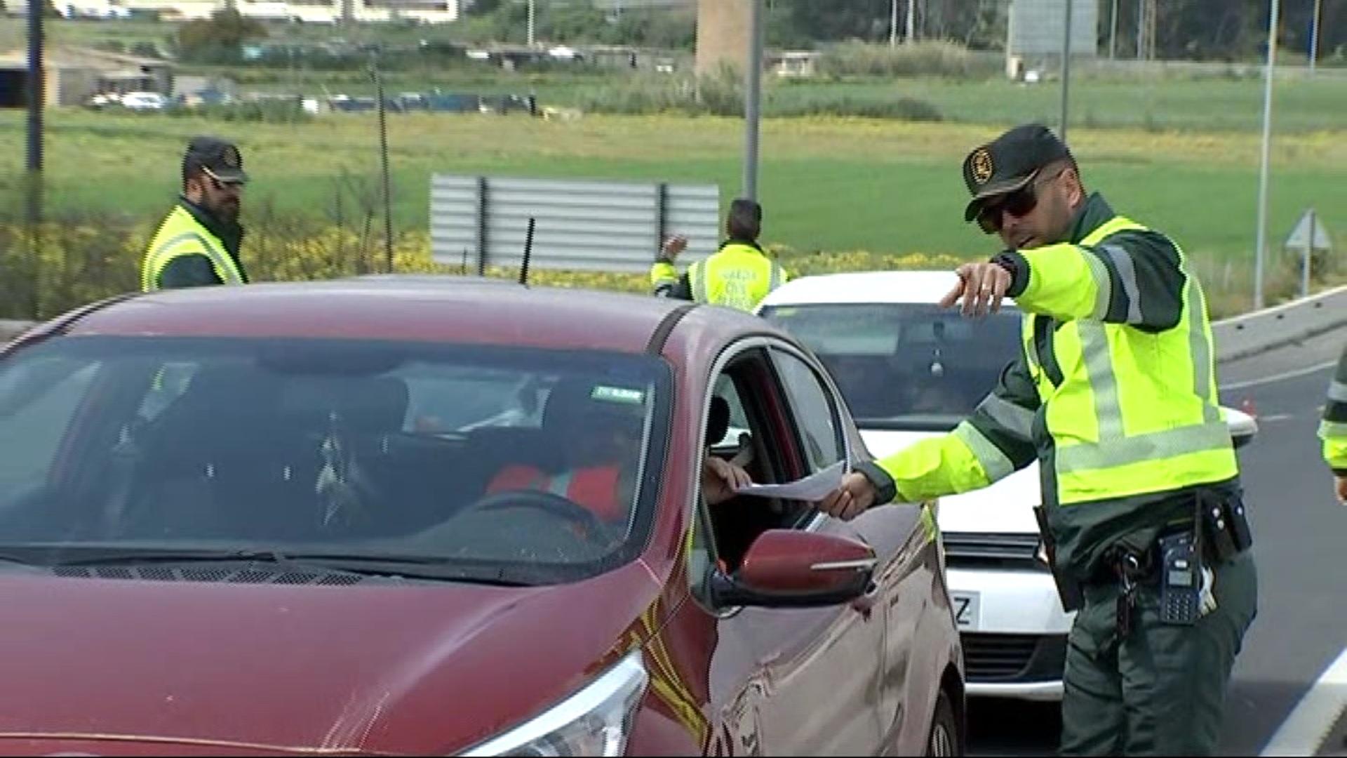 Catorze+persones+detingudes+a+Balears+per+desobedi%C3%A8ncia