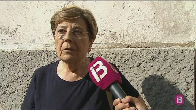 Denuncien+la+pres%C3%A8ncia+d%27una+grua+abandonada+des+de+fa+deu+anys+al+Camp+d%27en+Serralta