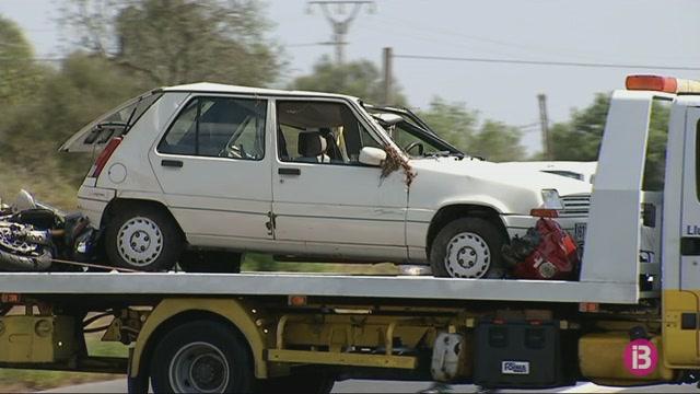 Ferits+un+motorista+i+una+fam%C3%ADlia+en+un+nou+accident+a+la+carretera+de+Llucmajor+a+Campos