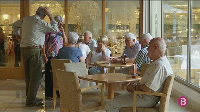 Eivissa+tindr%C3%A0+52.000+places+per+als+turistes+de+l%27Imserso+distribu%C3%AFdes+en+nou+hotels
