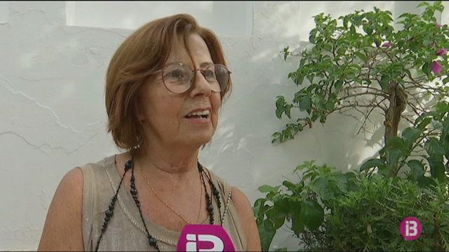 Una+dona+caixera+representa+Ciutadella+a+les+festes+de+Sant+Nicolau