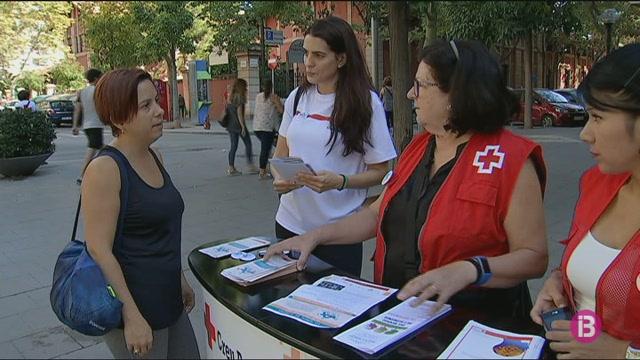 La+Fundaci%C3%B3+DomusVi+i+la+Creu+Roja+reivindiquen+el+dia+mundial+de+l%27Alzh%C3%A9imer
