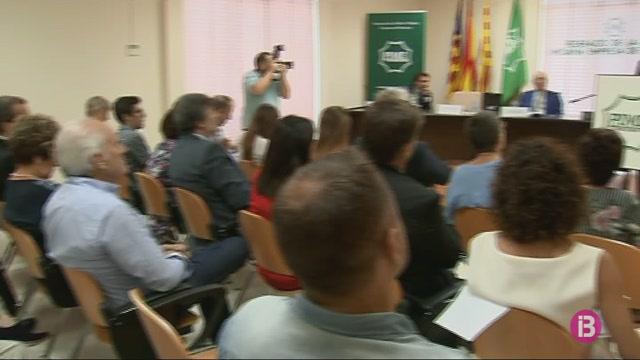 Pime-Menorca+lliura+la+Medalla+d%27Or+de+l%27entitat+a+Antoni+Juaneda