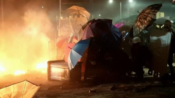 Es+compleixen+cinc+mesos+de+protestes+a+Hong+Kong