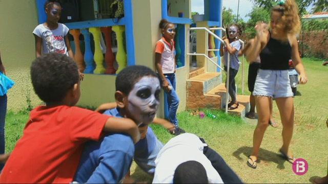 Un+grup+de+joves+mallorquines+reuneix+doblers+per+cooperar+a+la+Rep%C3%BAblica+Dominica