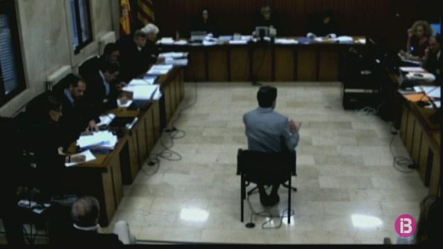 Matas+contradiu+l%27empresari+Mercado+i+evita+culpar+Rodr%C3%ADguez