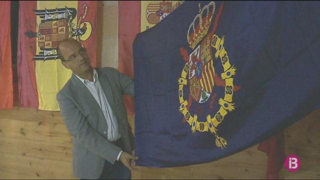 La+fortalesa+de+La+Mola+acull+una+exposici%C3%B3+en+homenatge+a+la+bandera+espanyola