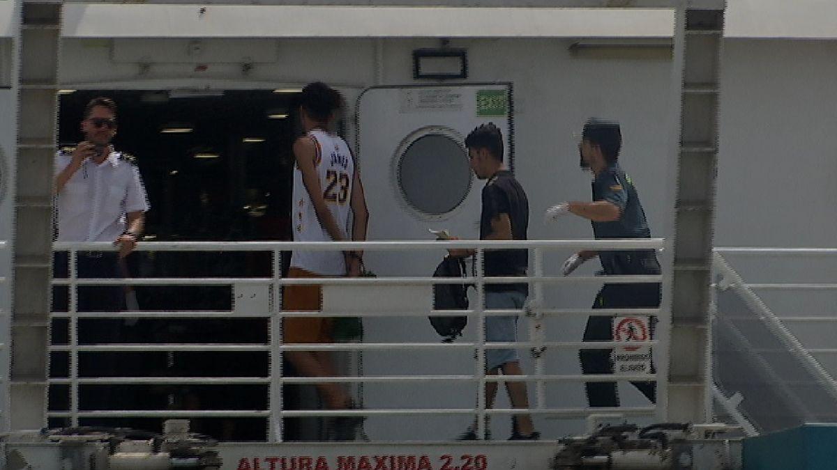 Arrestats+14+nous+migrants+arribats+en+pastera+a+Formentera