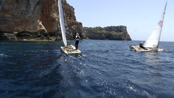 La+Volta+a+Menorca+en+pat%C3%AD+de+vela%2C+un+recorregut+governat+per+la+tradici%C3%B3