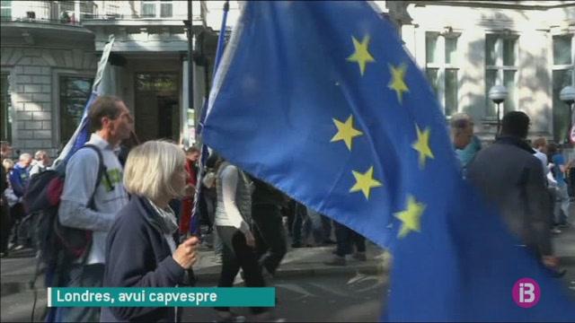 Milers+de+persones+reclamen+a+Londres+un+nou+refer%C3%A8ndum+sobre+el+Brexit