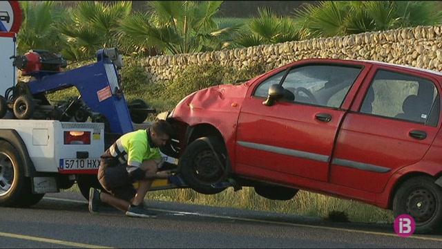 Una+dona+ferida+lleu+a+un+accident+a+la+carretera+general%2C+prop+de+Rafal+Rub%C3%AD