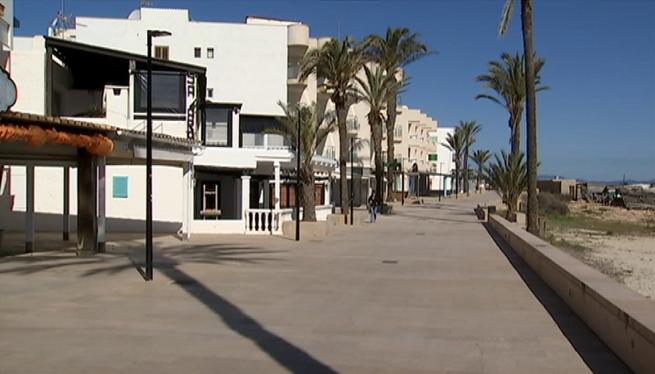 Hotels%2C+terrasses+i+petits+comer%C3%A7os+de+Formentera+podran+obrir+les+seves+portes+el+4+de+maig