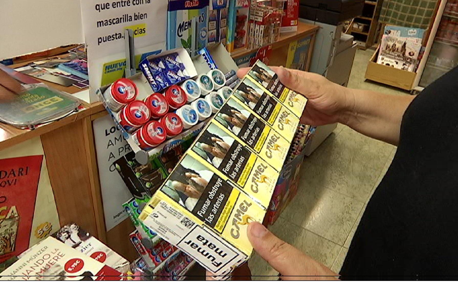 Bars+i+caf%C3%A8s+s%27adapten+a+les+noves+mesures+per+a+fumadors%2C+i+els+estancs+esperen+una+caiguda+en+les+vendes
