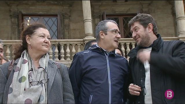 Amb+Totes+Podem+tanca+les+llistes+electorals