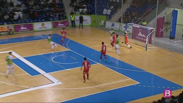 El+Palma+Futsal+recupera+el+lideratge+despr%C3%A9s+de+golejar+el+Seg%C3%B2via