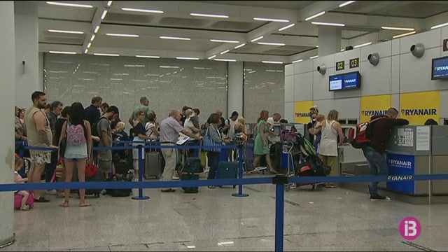 Son+Sant+Joan%2C+entre+els+20+aeroports+amb+m%C3%A9s+retards+d%27Europa