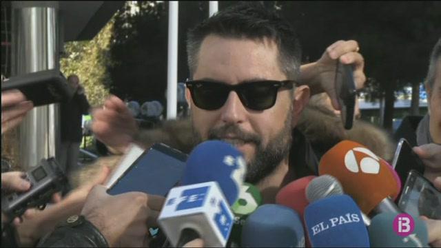 Dani+Mateo+compareix+com+a+investigat+per+mocar-se+amb+la+bandera+d%27Espanya