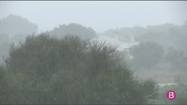 Pluges+intenses%2C+vent+i+mala+mar+a+Menorca