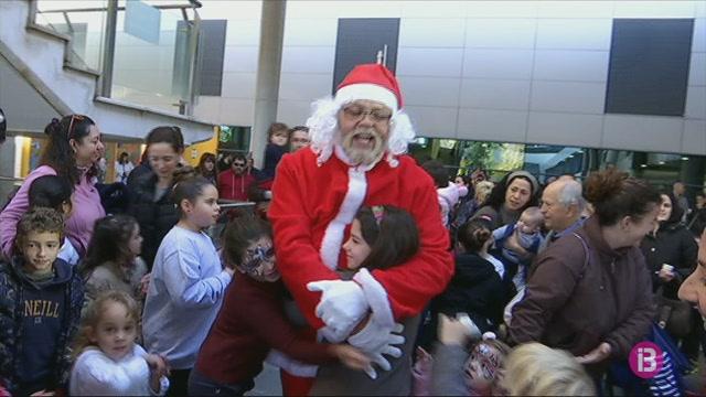 El+Pare+Noel+visita+Son+Espases
