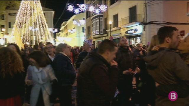 Menorca+rep+el+2019+amb+una+nit+de+Cap+d%27Any+prou+tranquil%C2%B7la